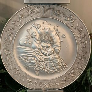 1988 fine Pewter Christmas plate by Hallmark